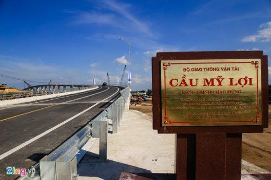 Cây cầu rút ngắn 75 km từ TP HCM về miền Tây