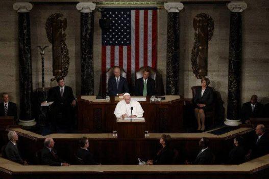 Đức Giáo Hoàng Phanxicô phát biểu tại Lưỡng Viện Quốc Hội Hoa Kỳ, sáng ngày 24 tháng 9 năm 2015.