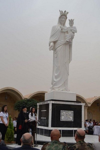 Syria-Yabroud-xúc-động-vì-nước-mắt-của-Đức-Mẹ