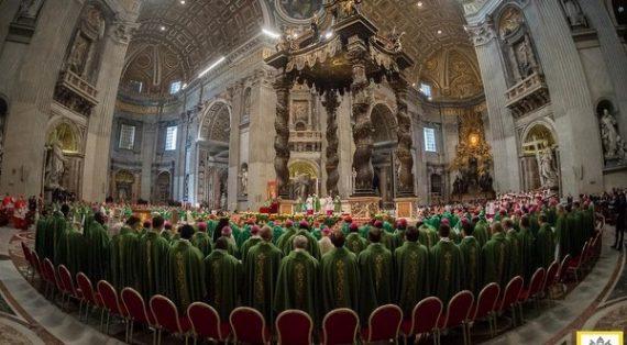 Vatican Khai mạc Thượng Hội Đồng Giám Mục về gia đình