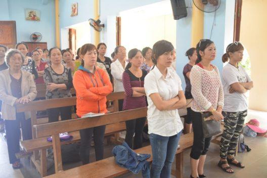 Các Bà Mẹ công giáo Phú Hòa hành hương Đức Mẹ La Mã