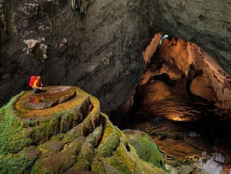 Hang Sơn Đoòng vào top cảnh đẹp 'như hành tinh khác'