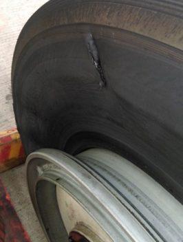 Máy bay Vietnam Airlines bị xịt lốp