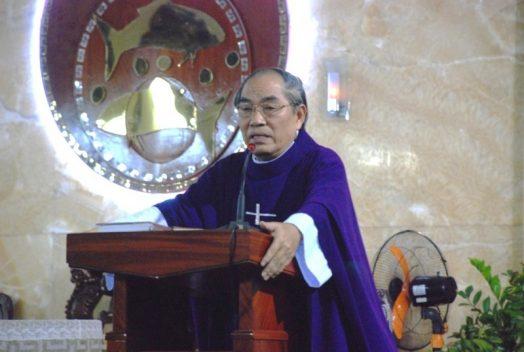 Giáo Xứ Phú Hòa  Tĩnh tâm mùa chay ngày thứ nhất