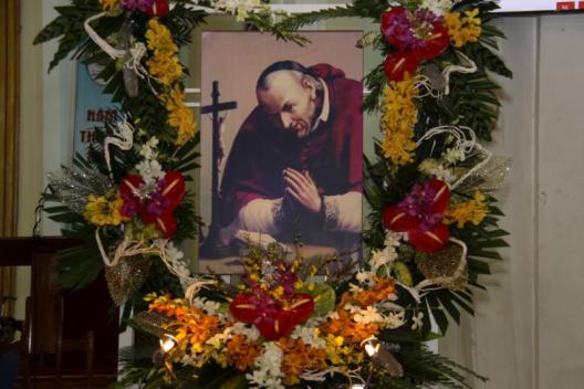 ĐỀN ĐỨC MẸ HẰNG CỨU GIÚP SÀI GÒN : MỪNG ĐẠI LỄ THÁNHANPHONGSÔ MARIA LIGOURI