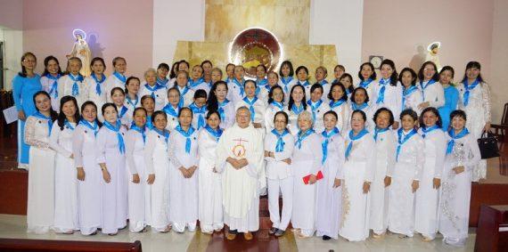 Hội Các Bà Mẹ Công Giáo Gx Phú Hoà mừng bổn mạng