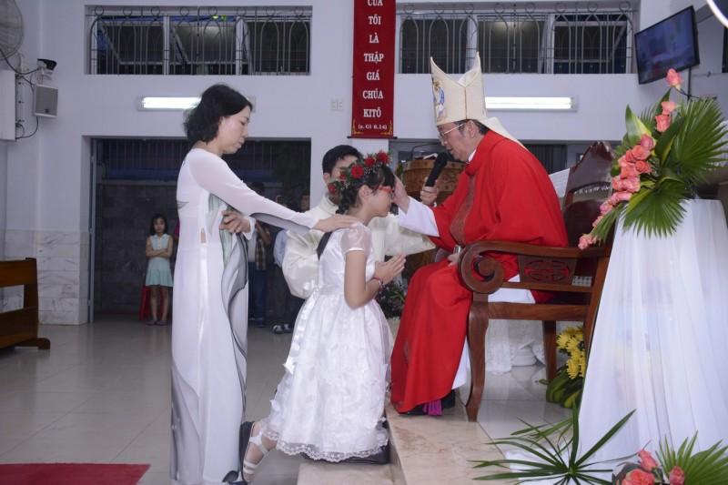 Giáo xứ Thánh Tống Viết Bường: Hồng ân Chúa Thánh Thần