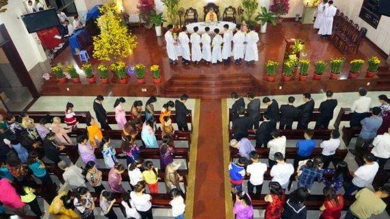 Thánh lễ Giao Thừa năm 2017