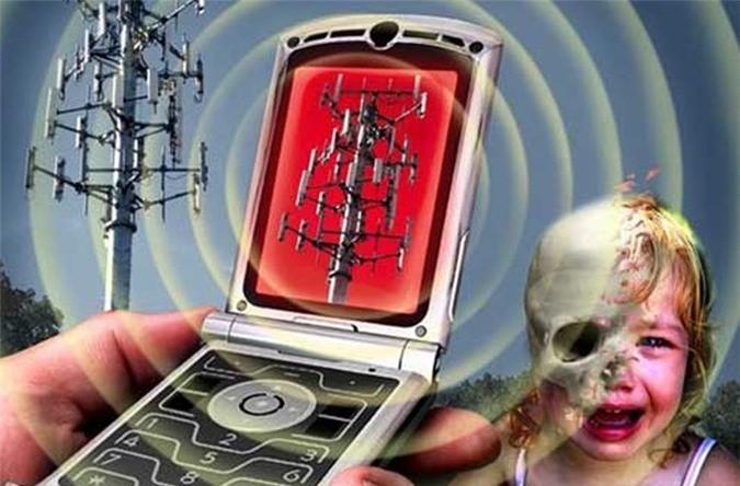 Cho trẻ chơi Smartphone – Bạn đang giết con mình như thế nào?
