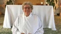 Québec, Canada: một nữ tu làm nhiệm vụ chứng hôn trong bí tích hôn phối