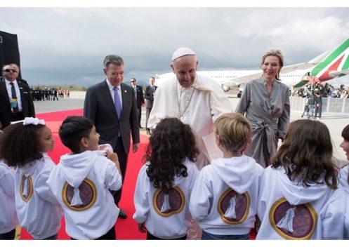 Đức Thánh Cha đến Colombia khởi đầu chuyến viếng thăm 5 ngày