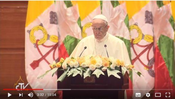 Diễn từ của Đức Thánh Cha với hàng lãnh đạo chính trị dân sự và ngoại giao đoàn