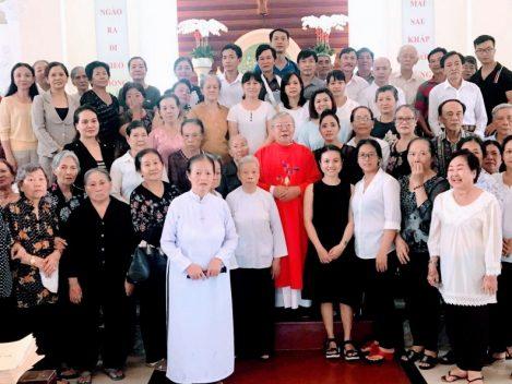 Cộng đoàn giáo xứ hành hương Ba Giồng Năm Thánh 2018